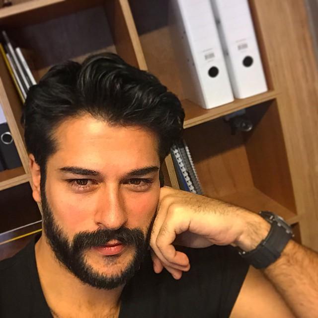 En Yakışıklı Türk Erkekleri Top10 Inci Sözlük